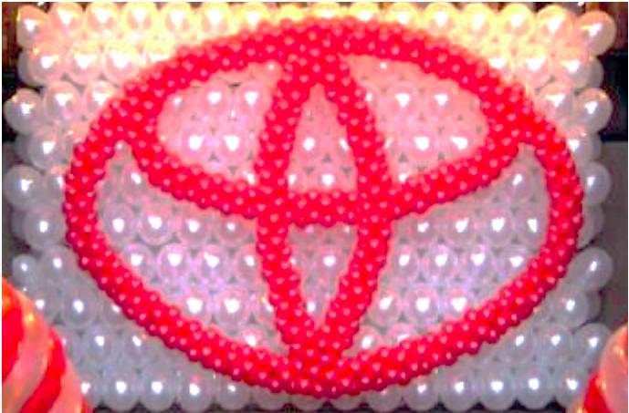 Toyota Balloon logo event decor